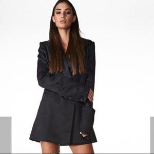 2eedd3be8a2 Zara Jackets   Coats - Amazing long black blazer